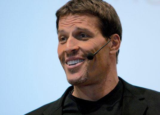 Tony Robbins | 6 Forces To Master Your Business